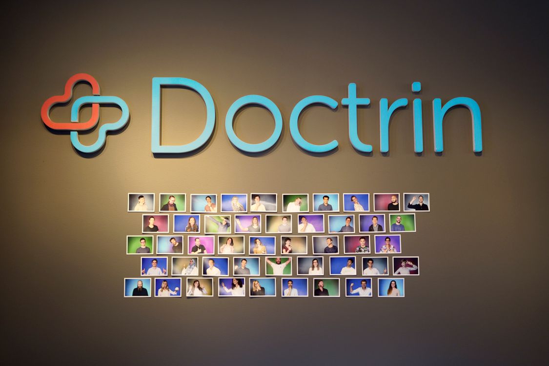 Doctrin_Photowall-ljusare